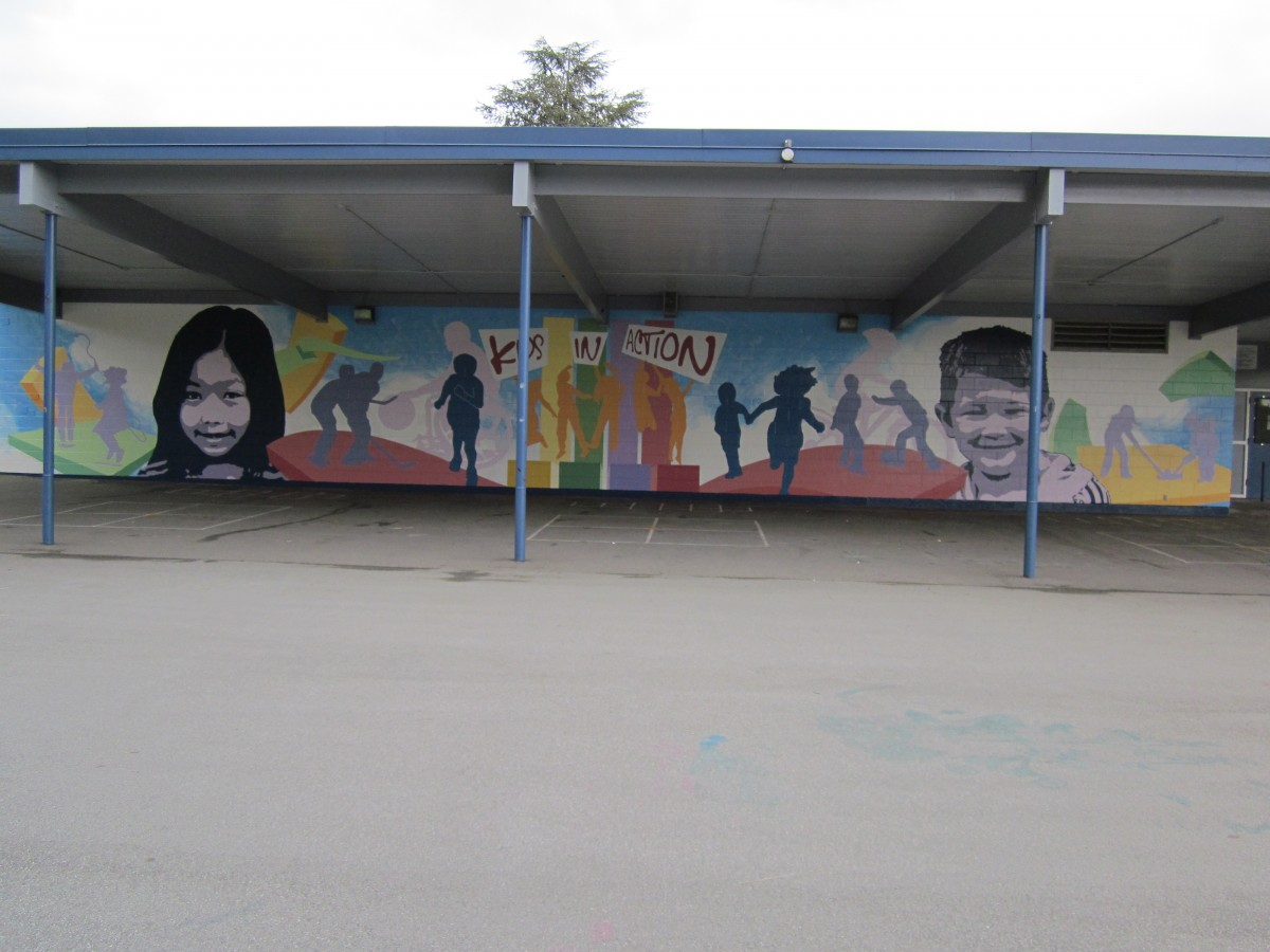 Lord elementary mural captures student imagination for Elementary school mural